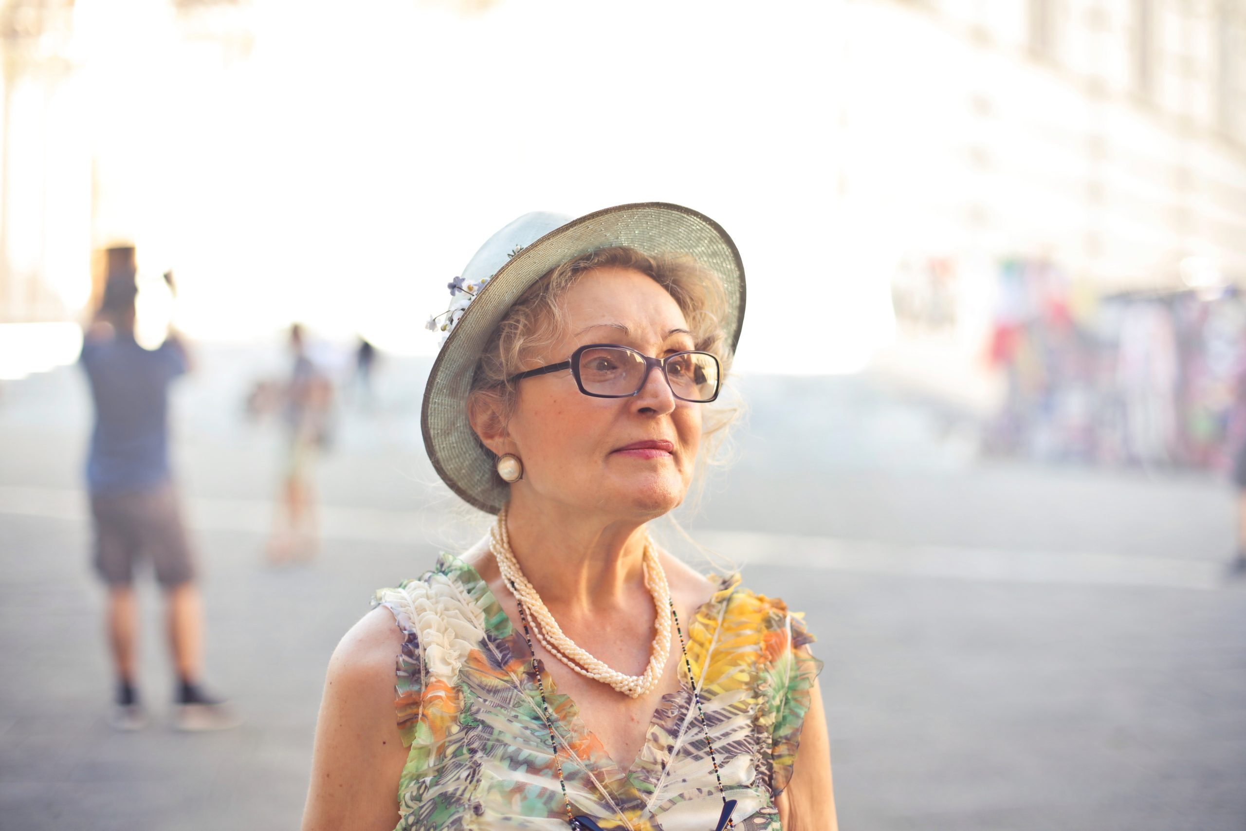 short hairstyle for women over age 50